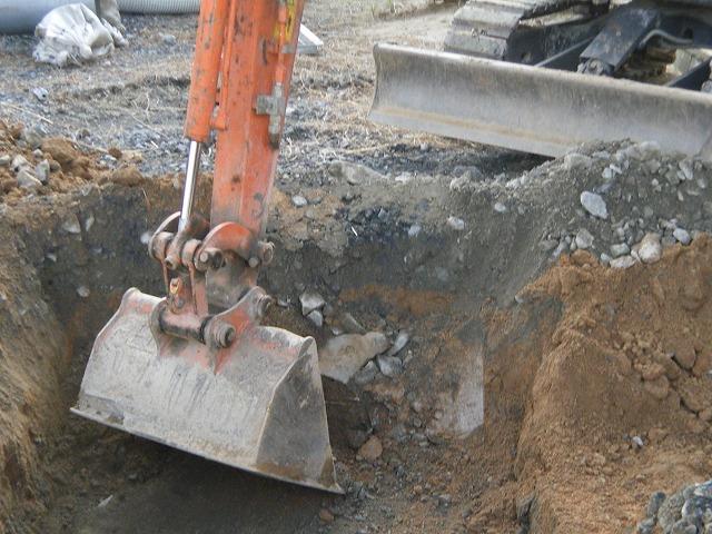 貫川橋のり面復旧工事